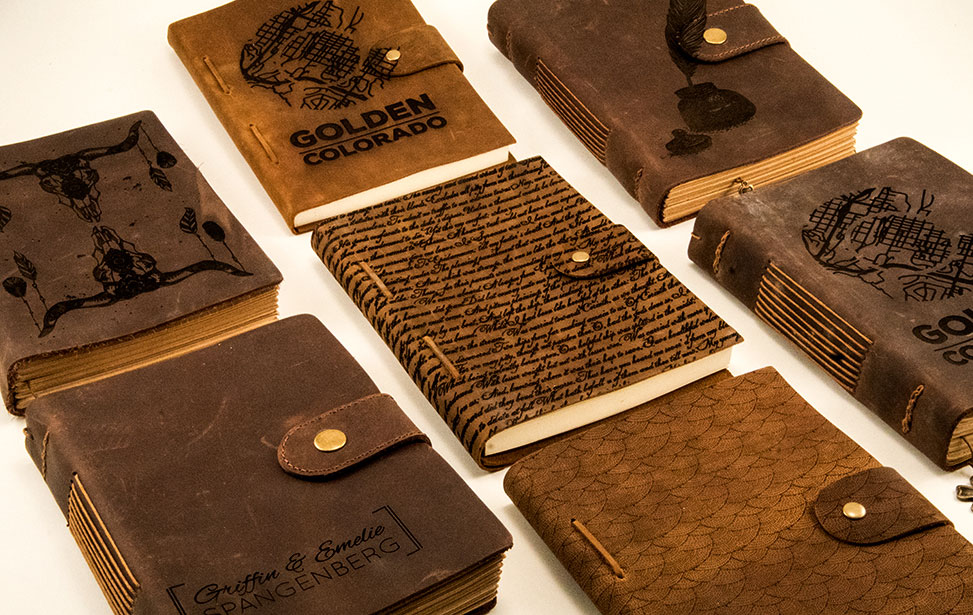 Collection de carnets en cuir gravés au laser